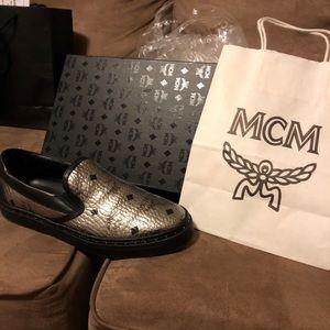 Mcm silver slip one